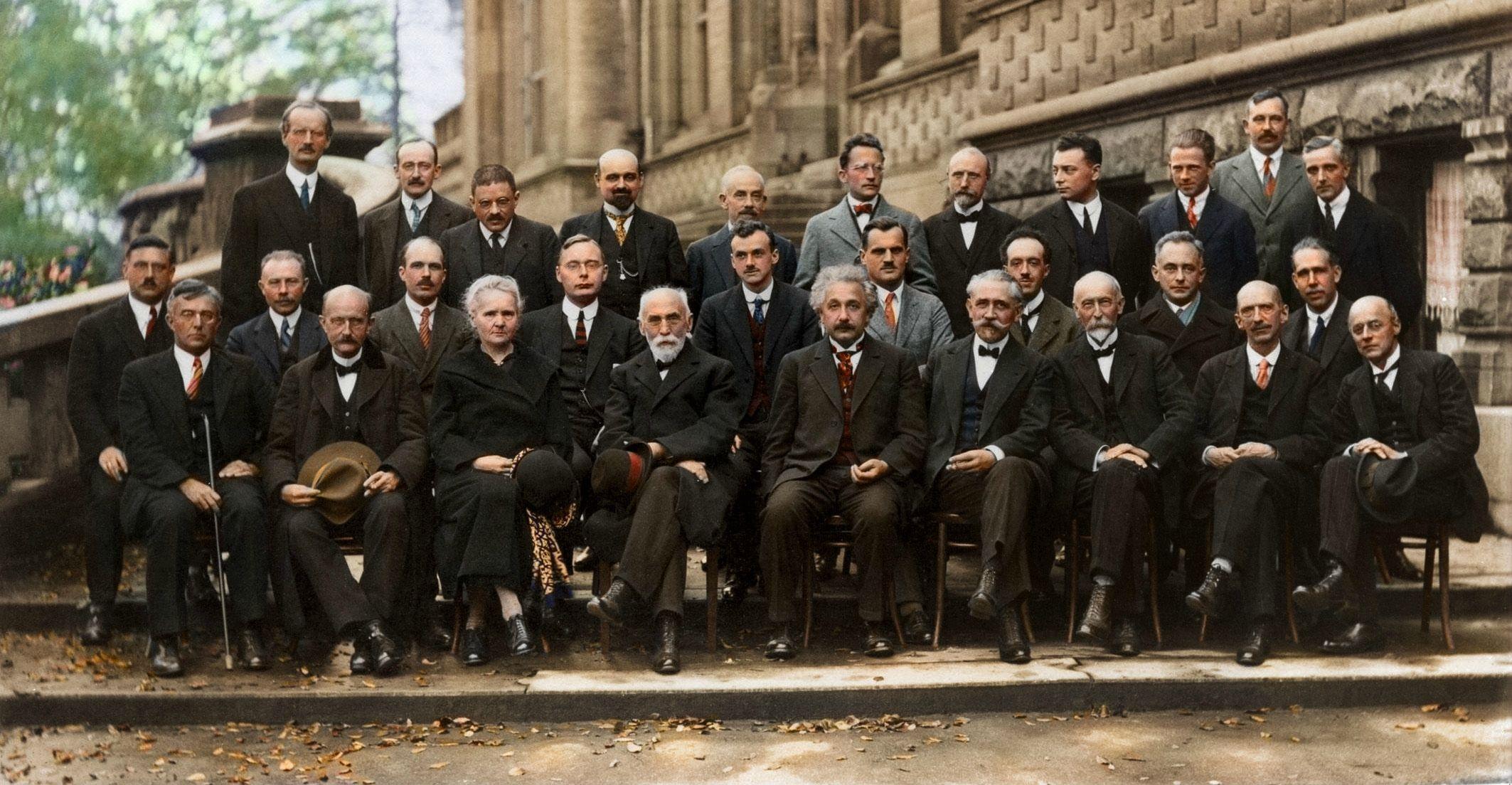 1927年第五届索尔维会议照片彩色高清修复版